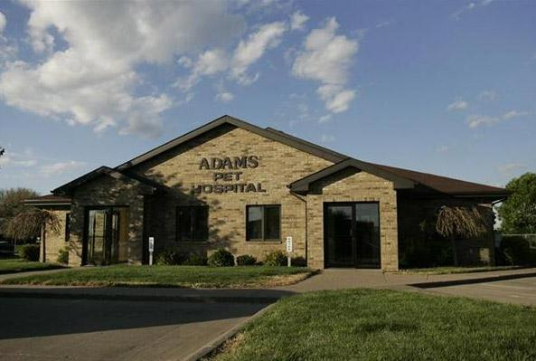 Adams Pet Hospital clinic building in Dubuque, Indiana